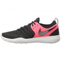 Frauen Nike Free Tr 7 Schuh Im Schwarz/Schwarz/Solar Rot/Gipfel Weiß