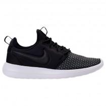 Männer Schwarz/Weiß Nike Roshe Two Se Schuhe 918245 001