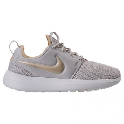 Frauen Nike Roshe Two Sneaker 844931 011 - Licht Knochen/Metallisch Gold Star/Gipfel